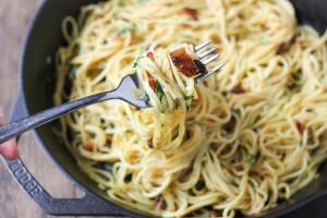 spaghetti-alla-carbonara-3079-3